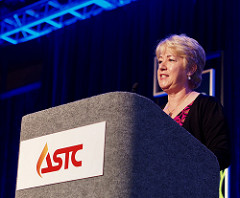 linda-conlon-speaks-at-astc-2016